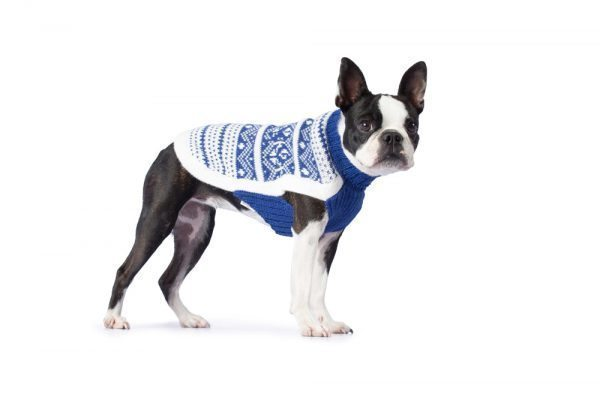 <em><strong>We combine textile heritage and global trends with Alpaca-a raw, sustainable, and luxurious fiber-to make our designs unique.</strong></em>  Inspired by classic Nordic patterns, Fair Isle sweaters have unquestionable style. The casual sweater patterned with blue geometric motifs are just what your sweetie needs when days get chilly. The turtleneck sweater is knitted in soft  alpaca blend.  Features ribbed turtleneck, leash opening  - Model Cala is a small female Boston terrier size XS  This garment has been designed thinking on the well being of your pet.  <em><b>Limited stock!</b></em>