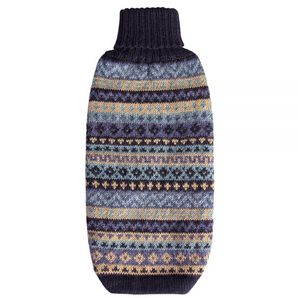 """Après ski perfection, the cozy alpaca blend handknit sweater is yoked in Fair Isle patterning in oceanic blues. Made of the softest yarn, it's lightweight and hypoallergenic, and perhaps most importantly of all, it is wonderfully soft for both you and your pet. <ul> <li aria-level=""""1"""">Handcrafted from alpaca fiber blends</li> <li style=""""font-weight: 400;"""" aria-level=""""1""""><span style=""""font-weight: 400;"""">Soft</span><span style=""""font-weight: 400;""""> and warm to the touch</span></li> <li style=""""font-weight: 400;"""" aria-level=""""1""""><span style=""""font-weight: 400;"""">Not itchy & hypoallergenic</span></li> <li><span style=""""font-weight: 400;"""">Leash opening</span></li> </ul> - Model Gloria is a Mini Dachshund size XS - Model Ramona is a French Bulldog 6mths size S This garment has been designed thinking on the well-being of your pet. [fusion_button link=""""https://alqowasi.com/wp-content/uploads/2021/03/Sizing-guide-sweater-dresses.png"""" text_transform=""""none"""" title="""""""" target=""""lightbox"""" link_attributes="""""""" alignment_medium="""""""" alignment_small="""""""" alignment="""""""" modal="""""""" hide_on_mobile=""""small-visibility,medium-visibility,large-visibility"""" sticky_display=""""normal,sticky"""" class=""""button-chart"""" id="""""""" color=""""default"""" button_gradient_top_color="""""""" button_gradient_bottom_color="""""""" button_gradient_top_color_hover="""""""" button_gradient_bottom_color_hover="""""""" accent_color="""""""" accent_hover_color="""""""" type="""""""" bevel_color="""""""" border_width="""""""" border_radius="""""""" border_color="""""""" border_hover_color="""""""" size=""""small"""" stretch=""""default"""" margin_top="""""""" margin_right="""""""" margin_bottom="""""""" margin_left="""""""" icon=""""fa-ruler fas"""" icon_position=""""left"""" icon_divider=""""no"""" animation_type="""""""" animation_direction=""""left"""" animation_speed=""""0.3"""" animation_offset=""""""""]Sizing Chart[/fusion_button]"""