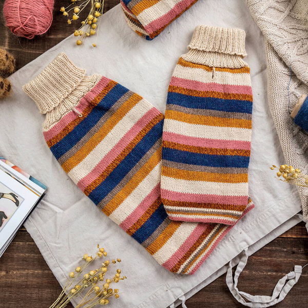 Honey Stripes-Collection 2020: Alqo Wasi alpaca sweater for dogs composition